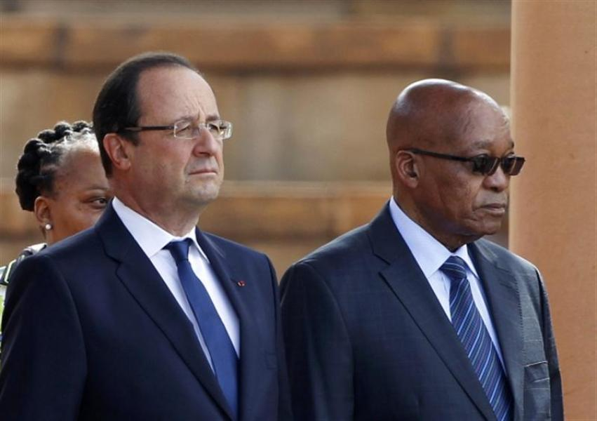 À PRETORIA, HOLLANDE MET EN GARDE CONTRE LE RISQUE DE CONTAGION DE LA SITUATION EN CENTRAFRIQUE