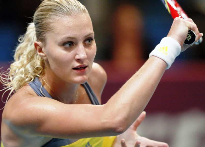Mladenovic crée la surprise