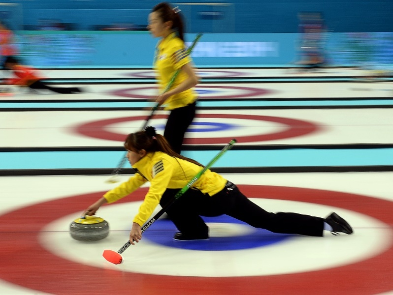 JO : Tir groupé en curling