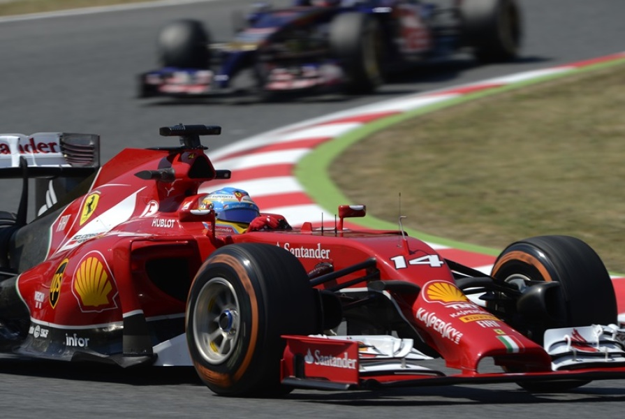 Alonso fixe son objectif