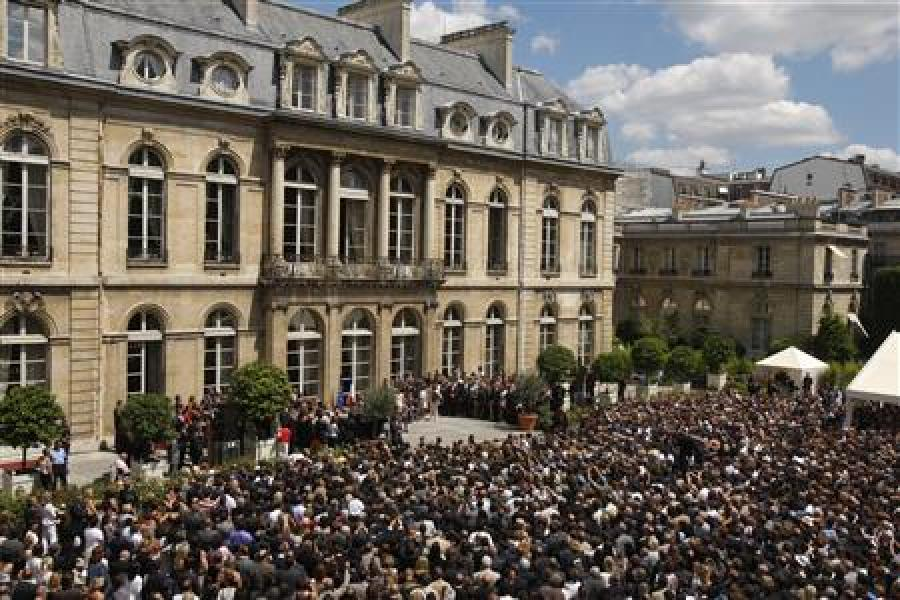 L'élysée annule sa garden-party