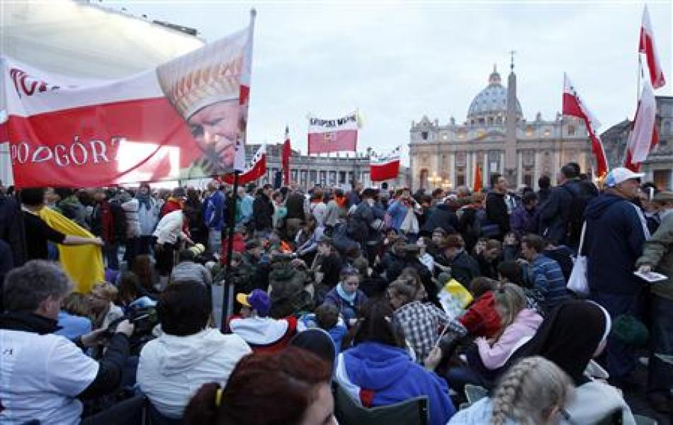 Forte affluence à rome avant la béatification de jean paul ii