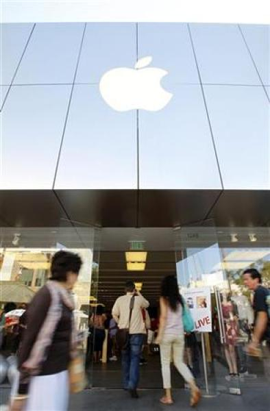 People enter an apple store in santa monica
