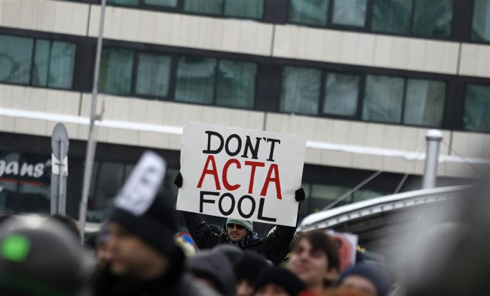 Manifestations contre un accord sur le piratage internet