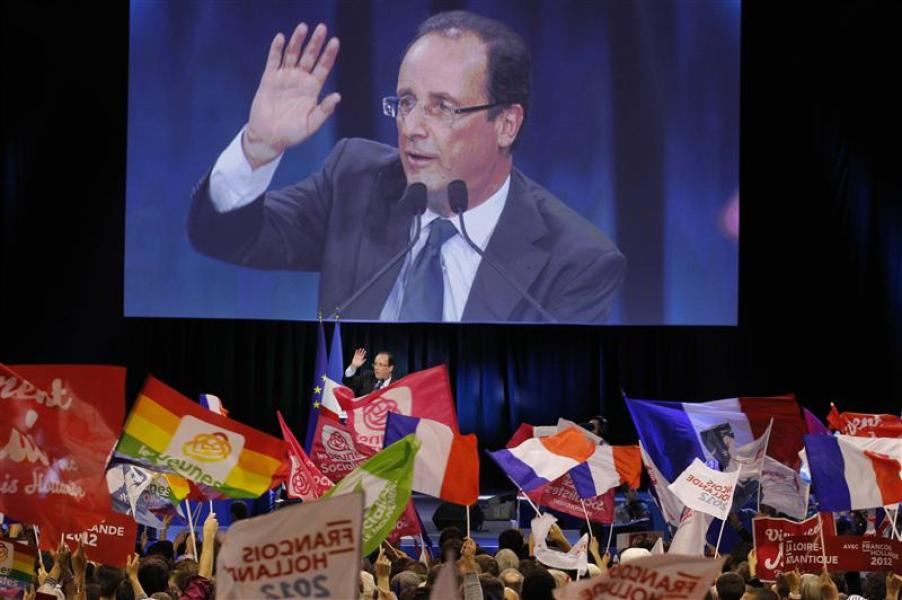 François hollande pràcise son agenda international en cas de victoire