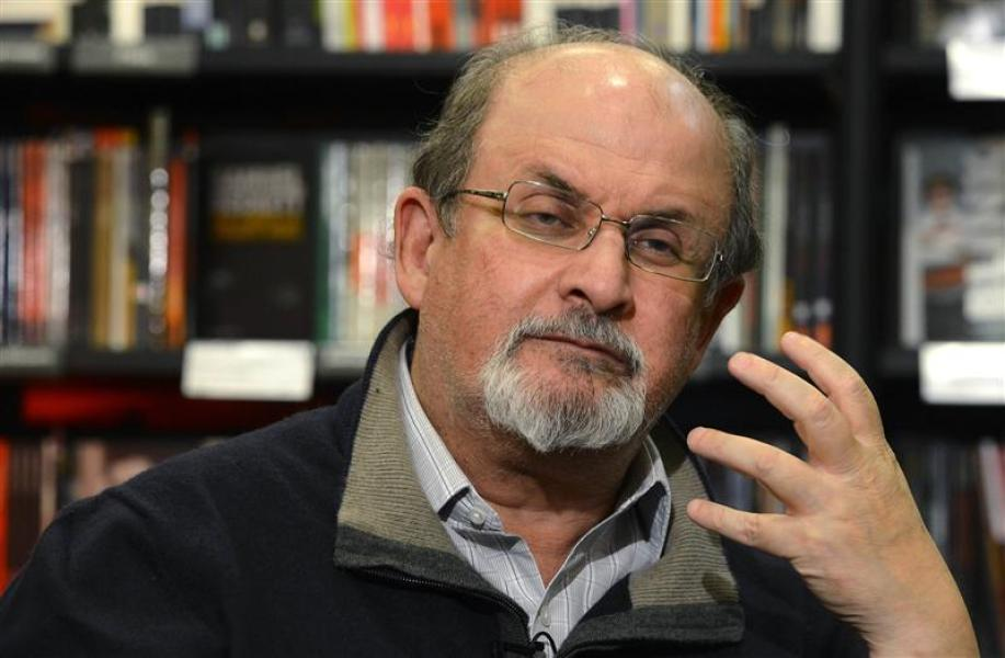 Salman rushdie dit que la littérature a perdu de son influence sur l'opinion publique en occident