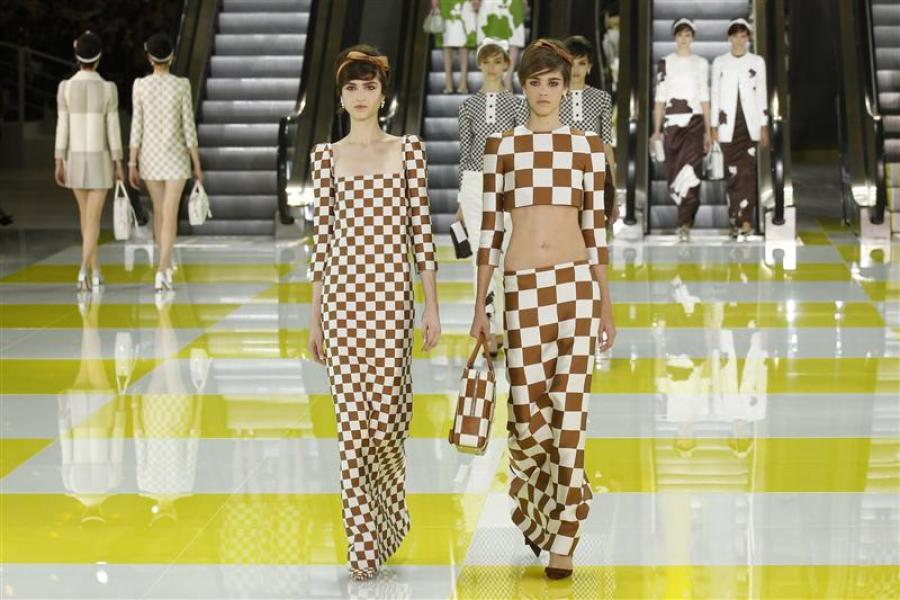 Le jeu de dames de louis vuitton