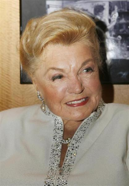 Esther williams s'est éteinte