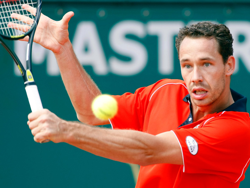 Llodra tombe face à Feliciano Lopez