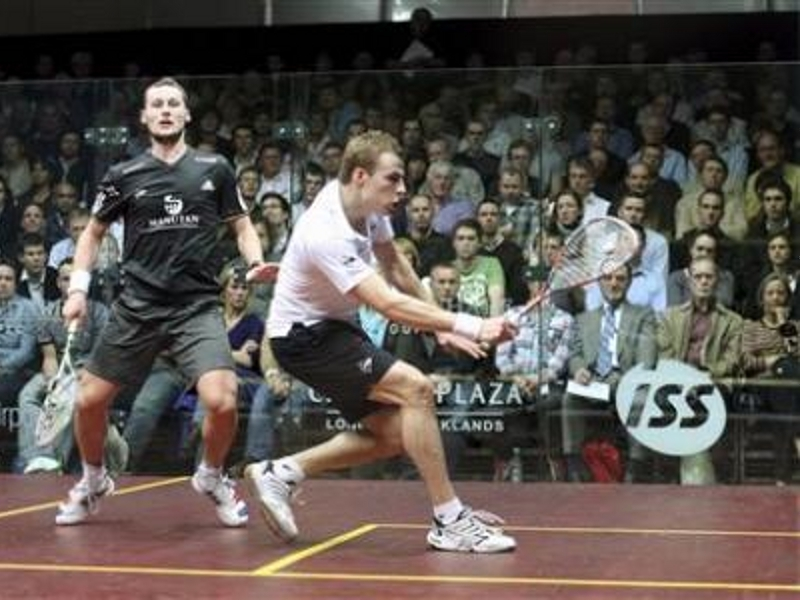 Squash : Gaultier solide