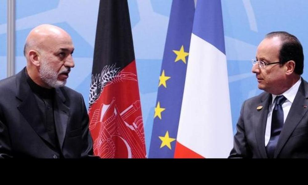 Hollande en visite surprise en Afghanistan