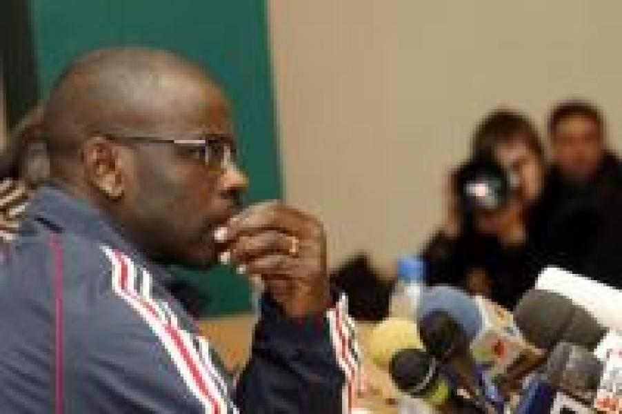 Lilian Thuram au PSG ? Le défenseur international ne dit pas non