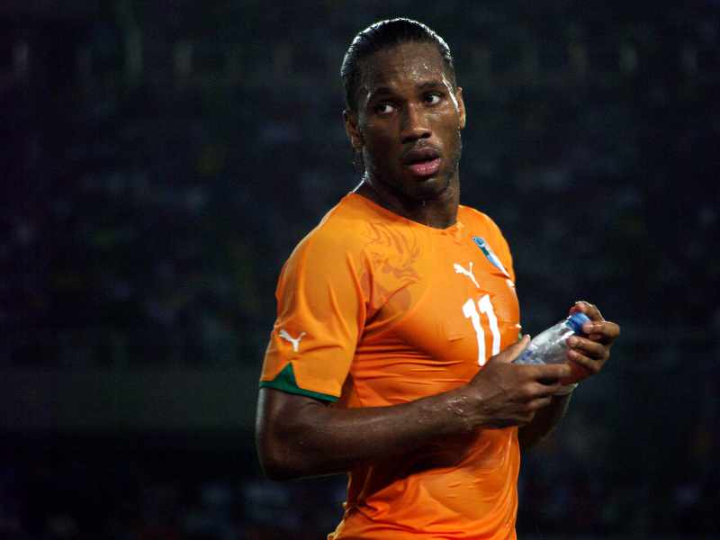Galatasaray officialise pour Drogba