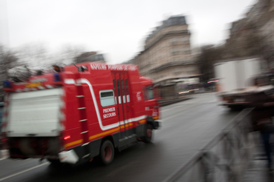 Un camion des Sapeurs-pompiers de Paris en intervention.