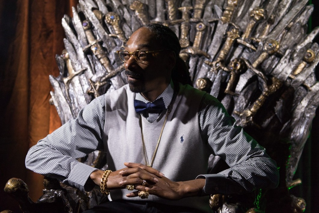"Snoop Dogg le 20 mars 2015 sur le trône de fer de la série de HBO ""Game of thrones"""