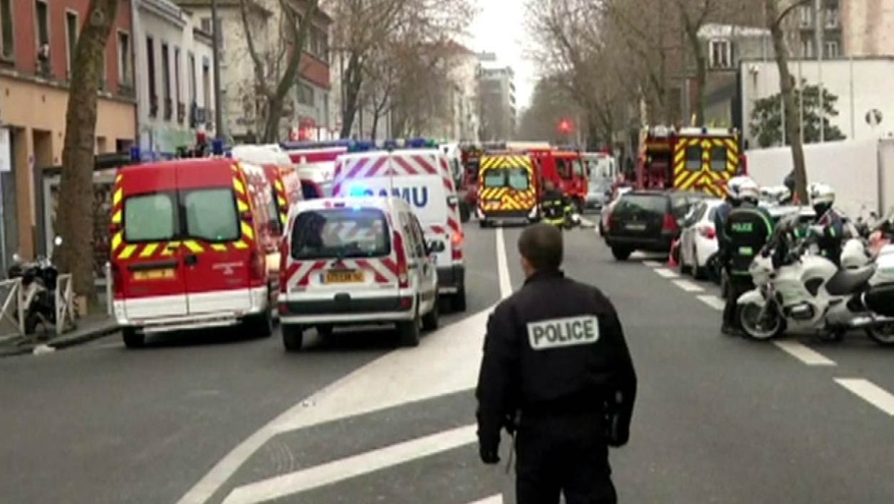 EN DIRECT - Fusillade à Montrouge: l'antiterrorisme saisi