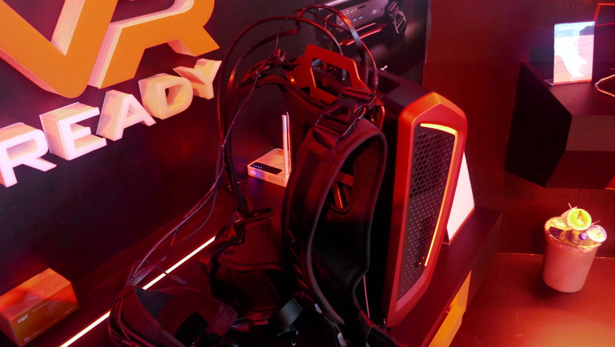 We tried virtual reality backpacks Zotac and MSI