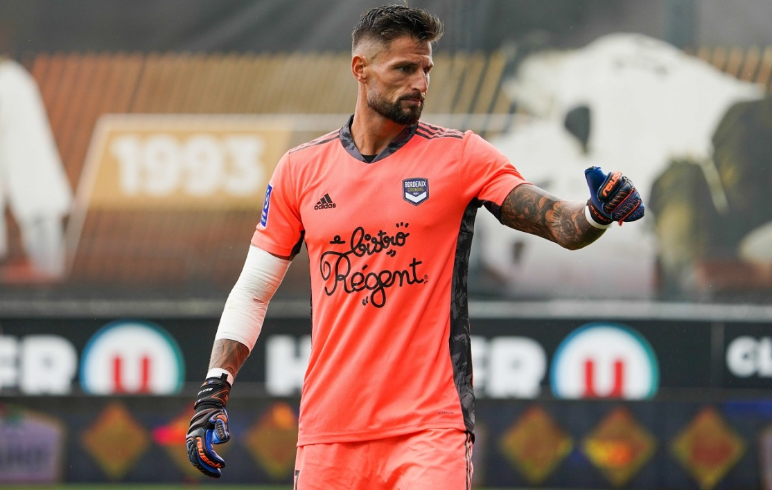 OM-Bordeaux: la stat de Costil, gardien d'Europe qui arrête le plus de penalties