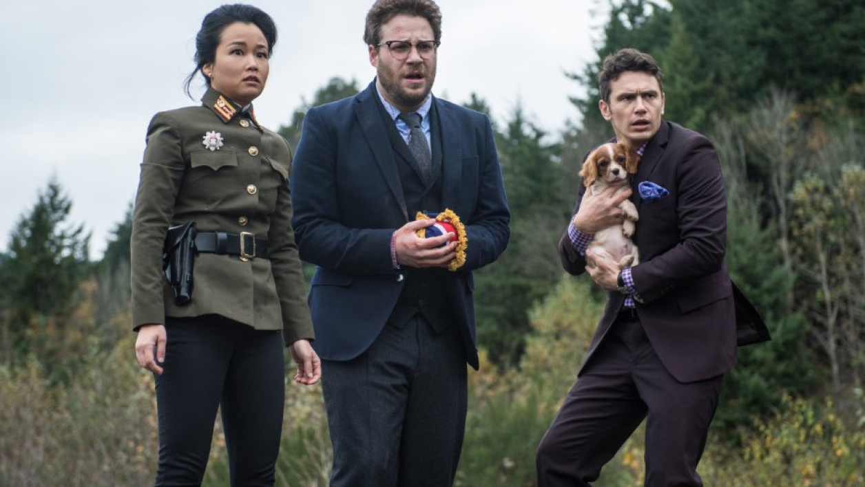"James Franco, Seth Rogen et Diana Bang dans ""L'interview qui tue""."