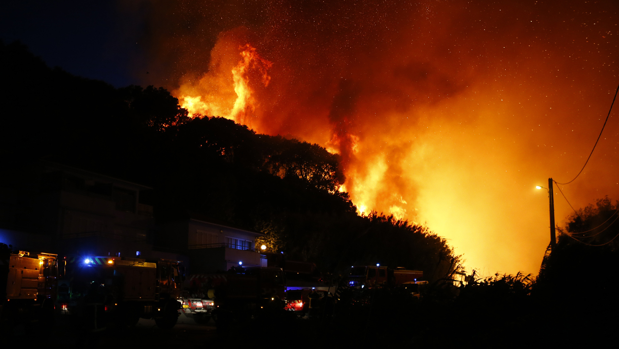 Incendies dans le Sud de la France (Vidéos + Photos)