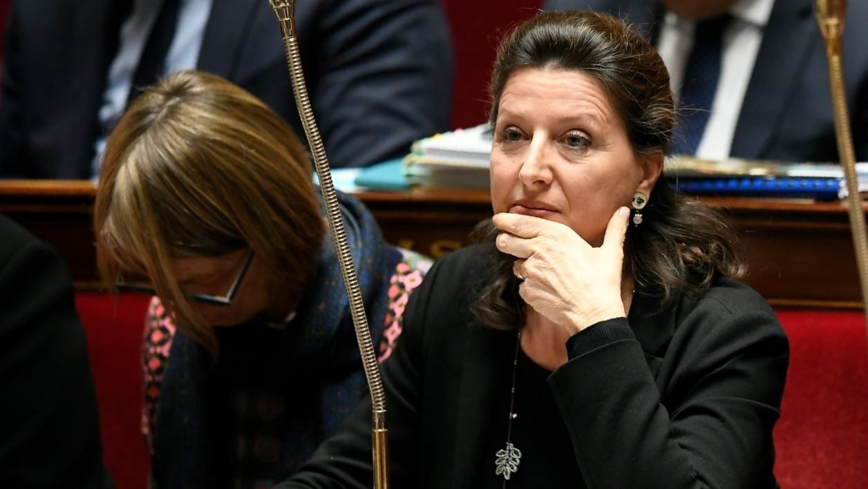 French Minister for Solidarity and Health Agnes Buzyn attends a session of questions to the government at the French National Assembly in Paris on October 31, 2017.  Lionel BONAVENTURE / AFP