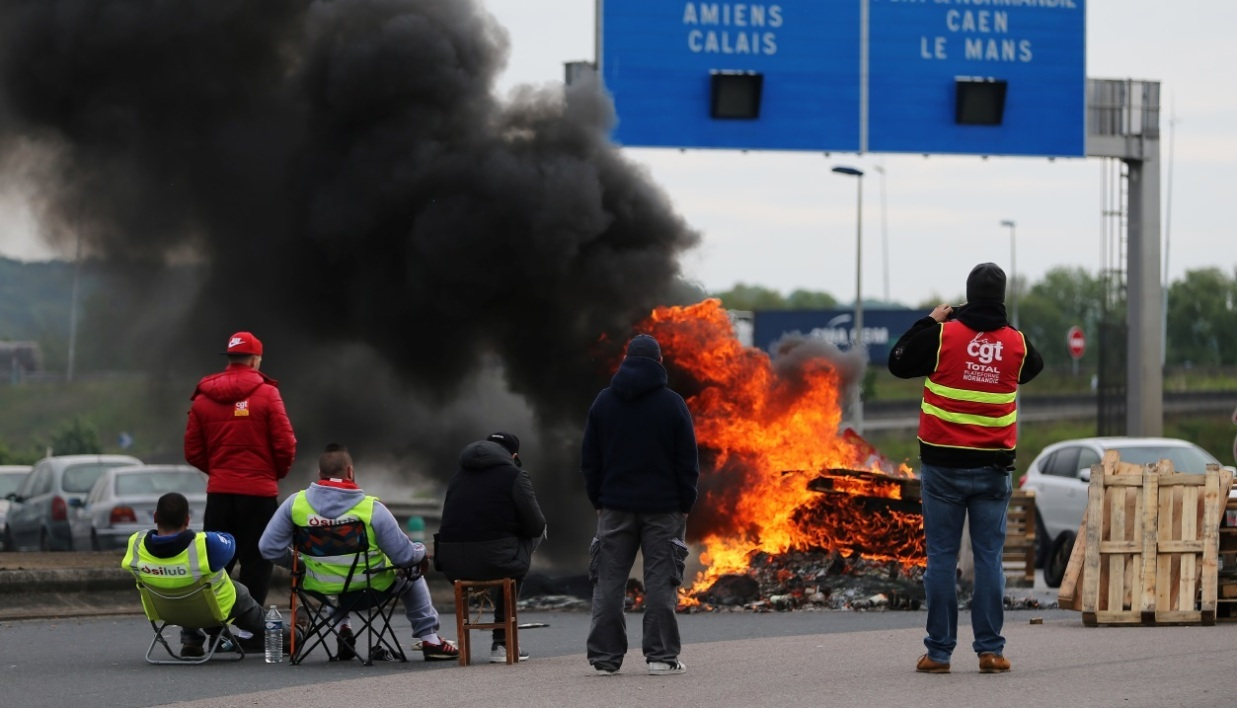 Les routiers continuent leur mouvement de grève (photo d'illustration).