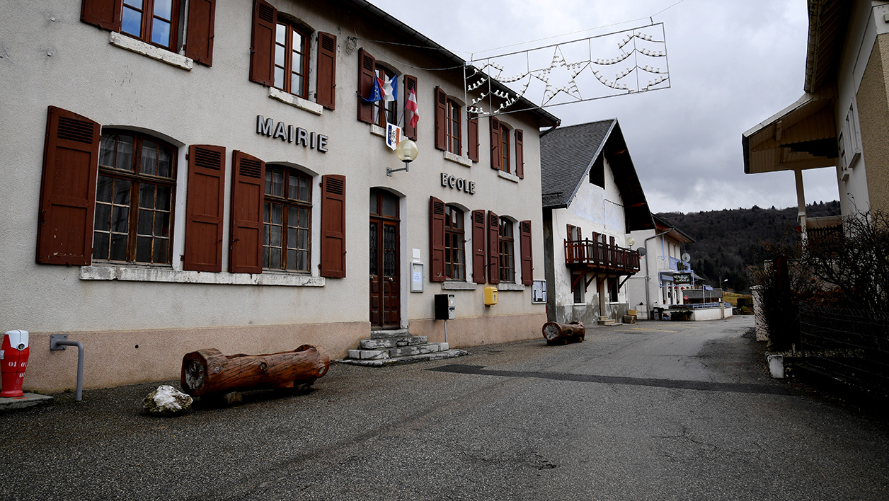 Une mairie, dans un village de Savoie (photo d'illustration)
