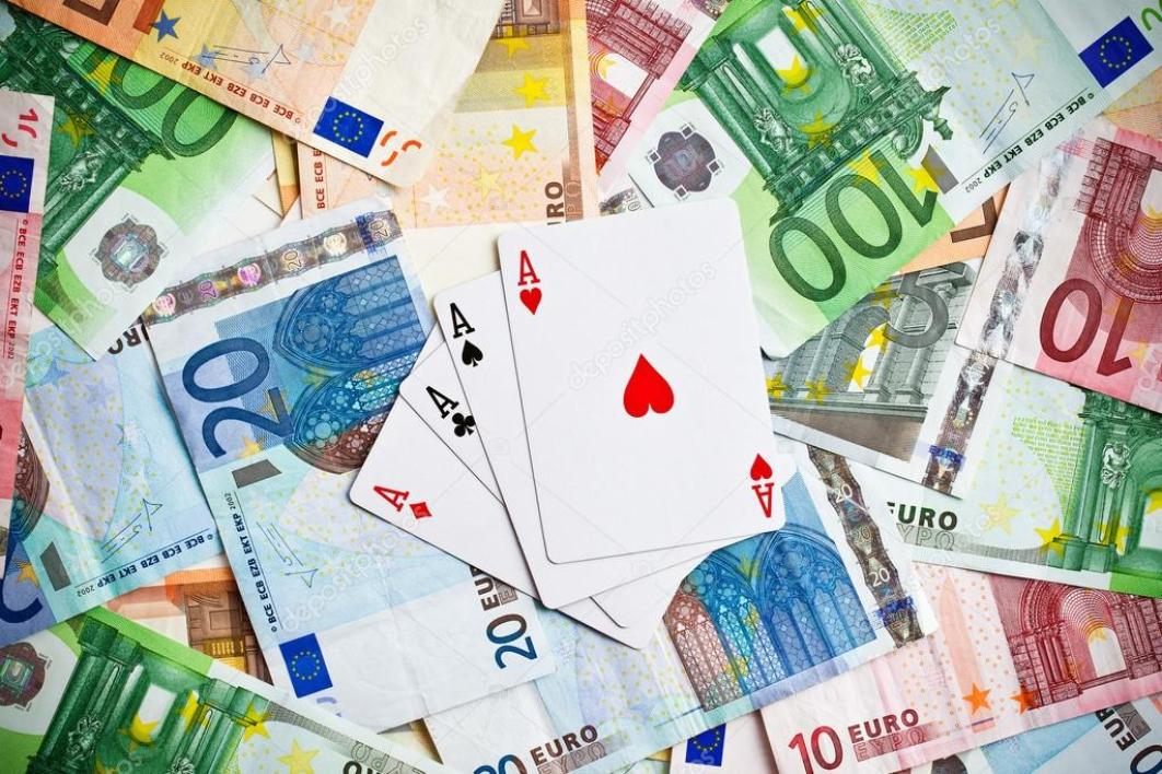 depositphotos_27969041-stock-photo-poker-cards-and-euro-banknotes.jpg
