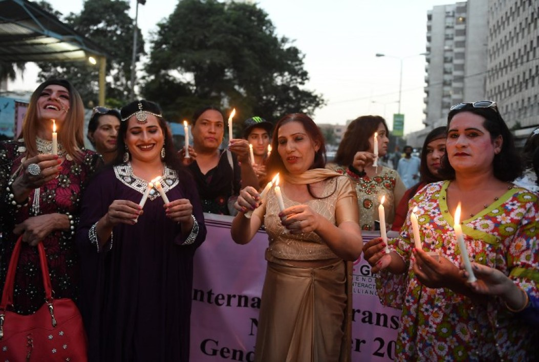 AFP Photo RÉFÉRENCE DOCUMENT000_UF8Z9 SLUGPAKISTAN - SOCIETY - TRANSGENDER DATE DE CRÉATION20/11/2017 VILLE/PAYSKARACHI, PAKISTAN CRÉDITASIF HASSAN / AFP POIDS FICHIER/PIXELS/DPI52,69 Mb / 5232 x 3520 / 300 dpi PAKISTAN-SOCIETY-TRANSGENDER Pakistani transgender activists take part in a demonstration in Karachi on November 20, 2017. The event was held to mark World Transgender Day. ASIF HASSAN / AFP