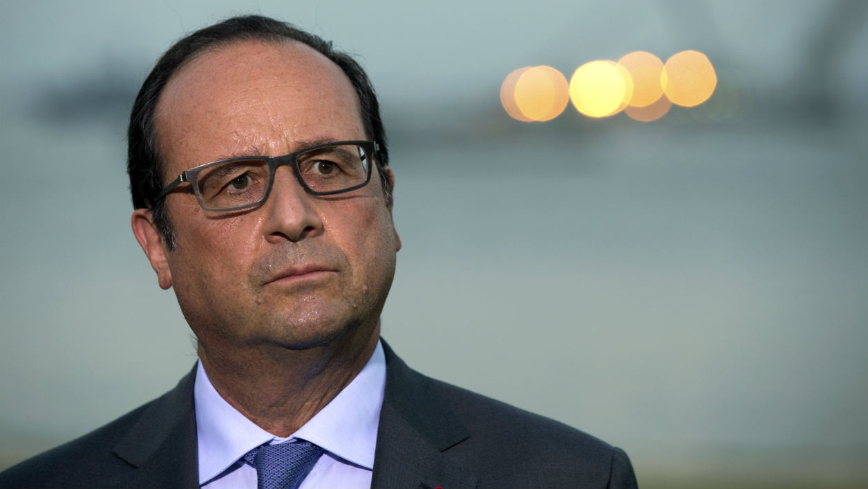French President Francois Hollande speaks during a joint press conference after a meeting with Irish Prime Minister, on September 3, 2015, at the Elysee presidential palace in Paris. AFP PHOTO / ALAIN JOCARD
