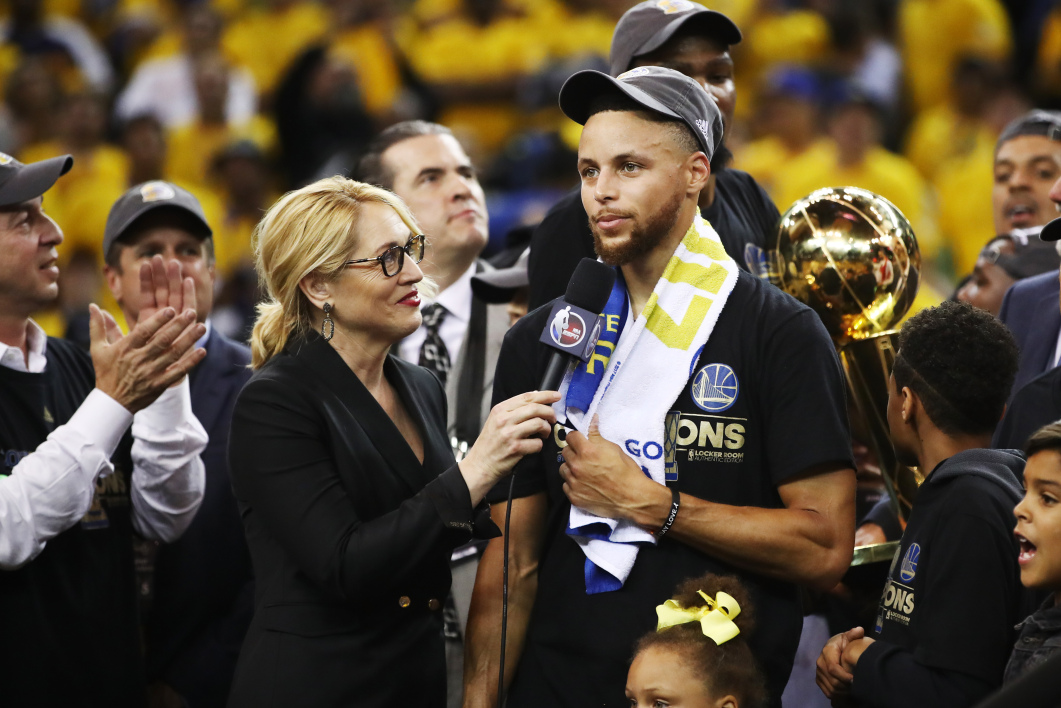 Propos de Donald Trump : La Nba et Stephen Curry réagissent