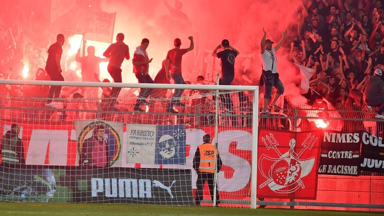 Supporters Nîmes