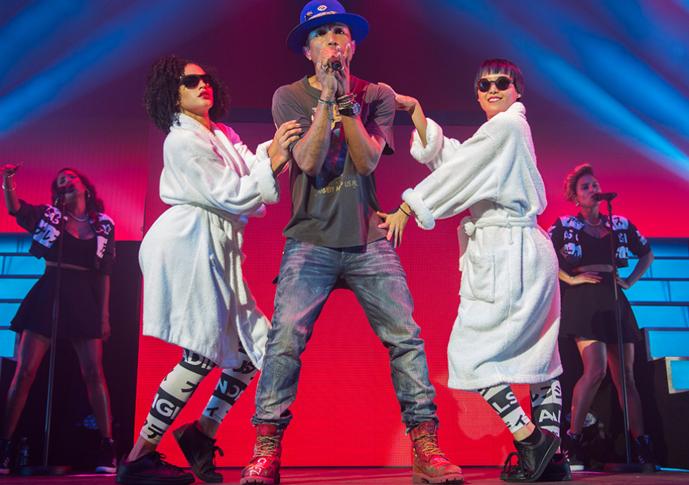 Pharrell Williams en concert au Zénith de Paris, le 13 octobre 2014.