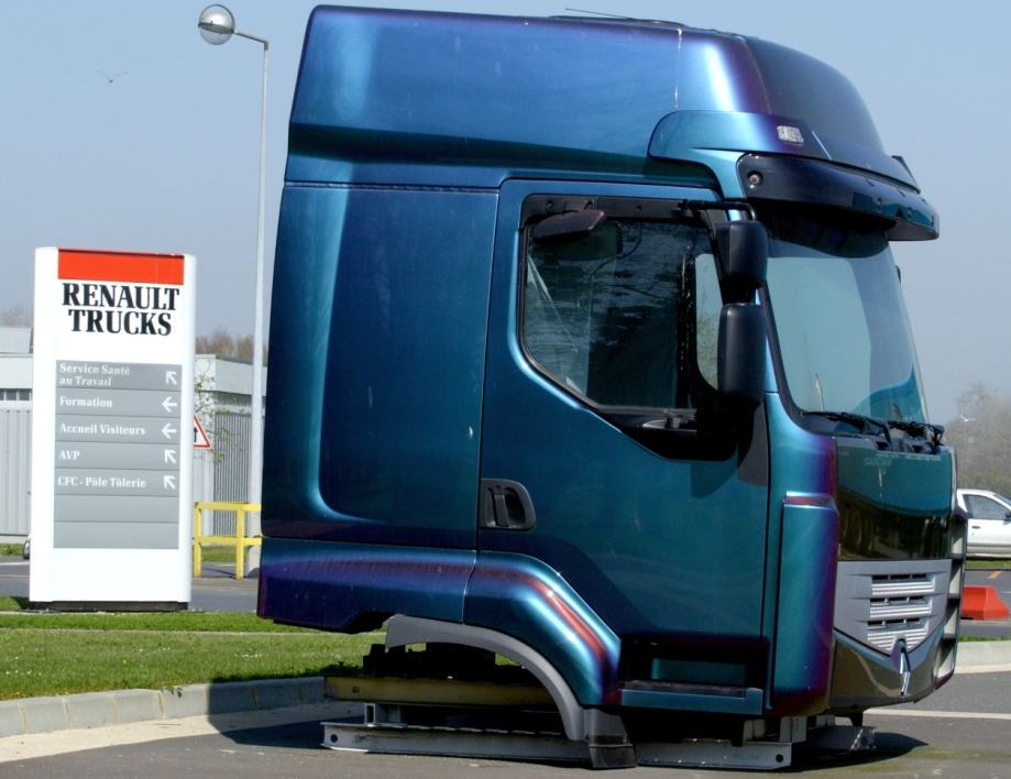 Renault Trucks prévoit 512 suppressions de postes