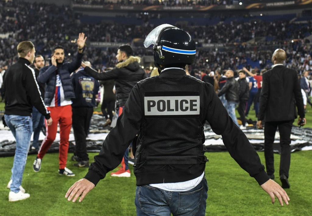 OL-Besiktas : 12 interpellations et 7 blessés après les incidents