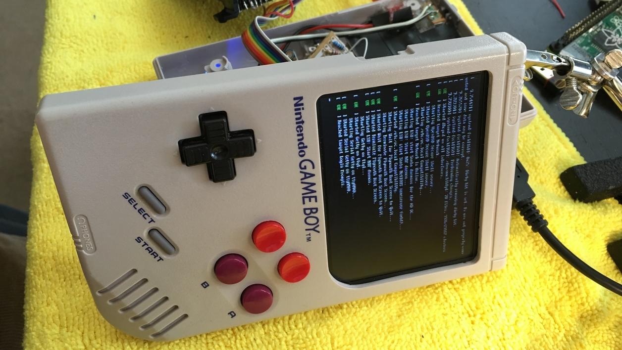 Il transforme sa Game Boy en émulateur avec un Raspberry Pi