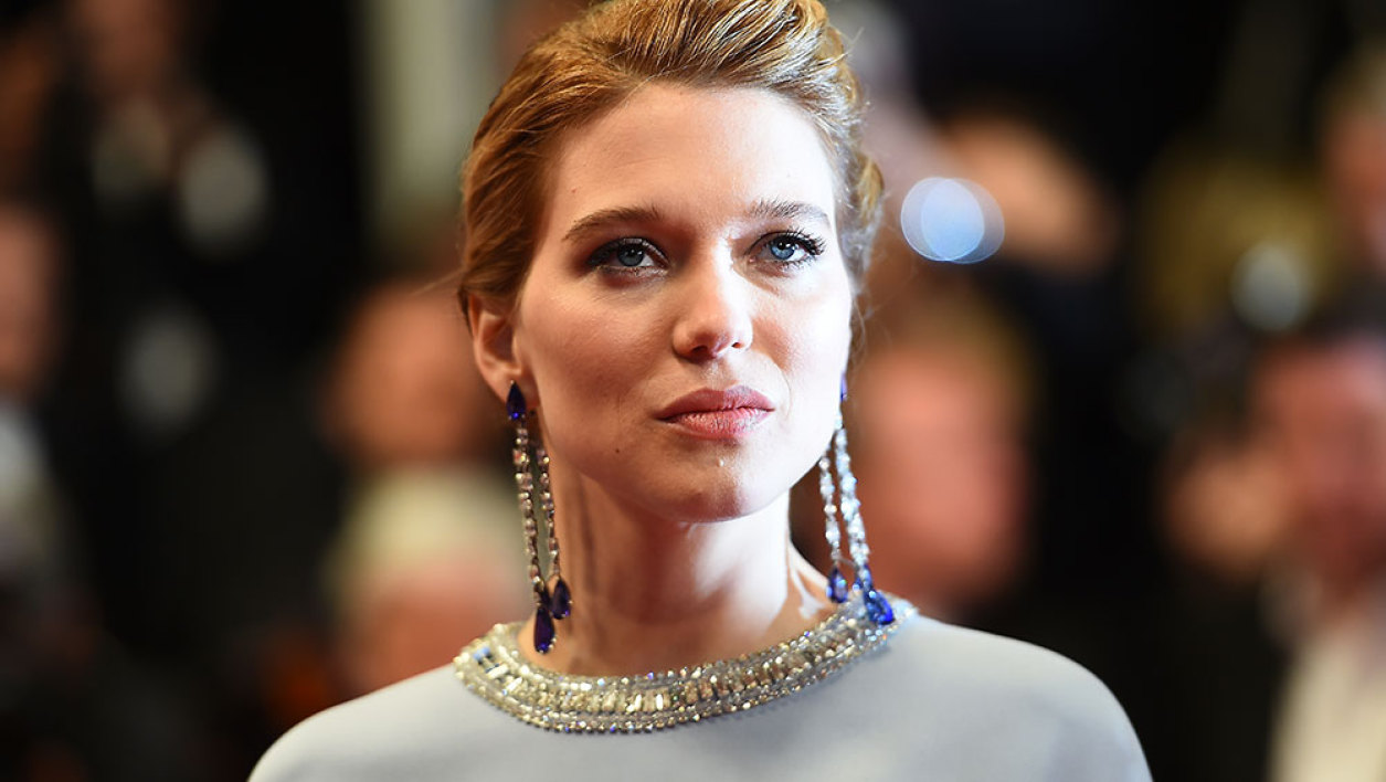 """French actress Lea Seydoux poses as she arrives for the screening of the film """"The Lobster"""" at the 68th Cannes Film Festival in Cannes, southeastern France, on May 15, 2015."""