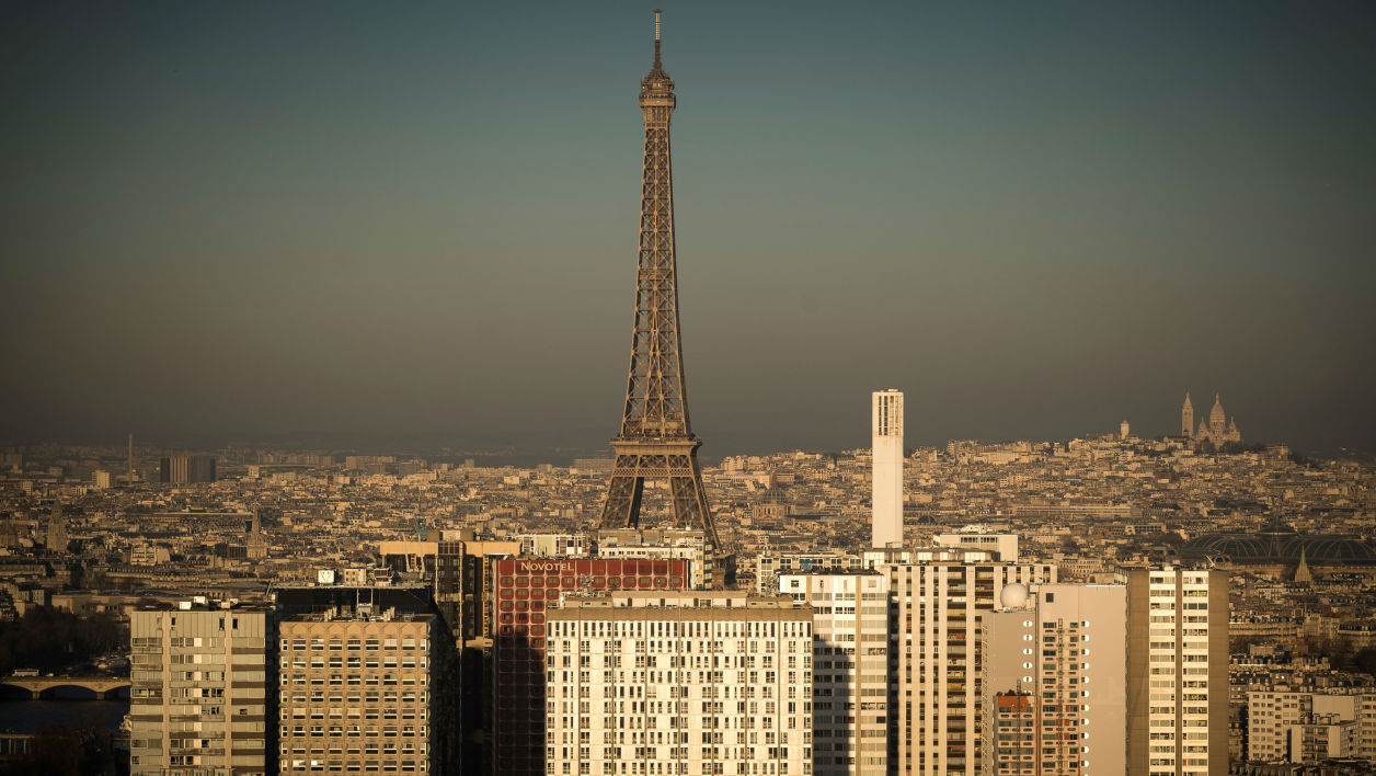 La ville de Paris renforce ses outils de mesure de pollution.