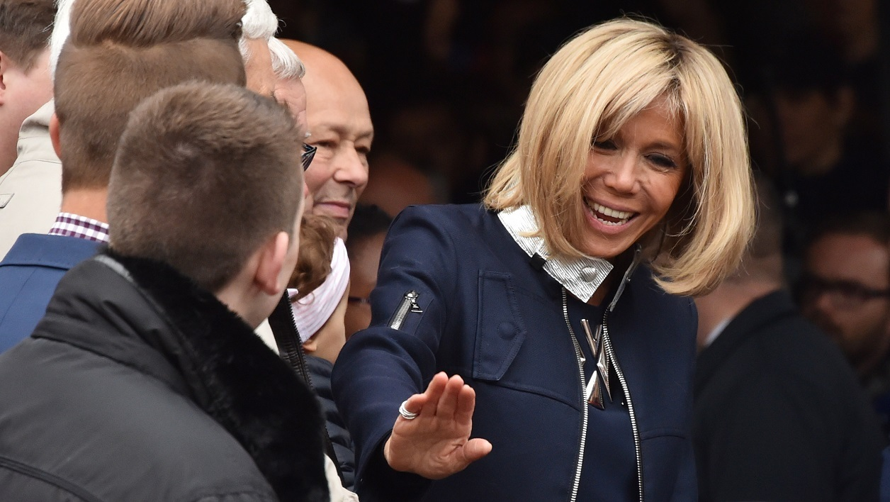 """Brigitte Macron fascine et intéresse beaucoup à l'international"""