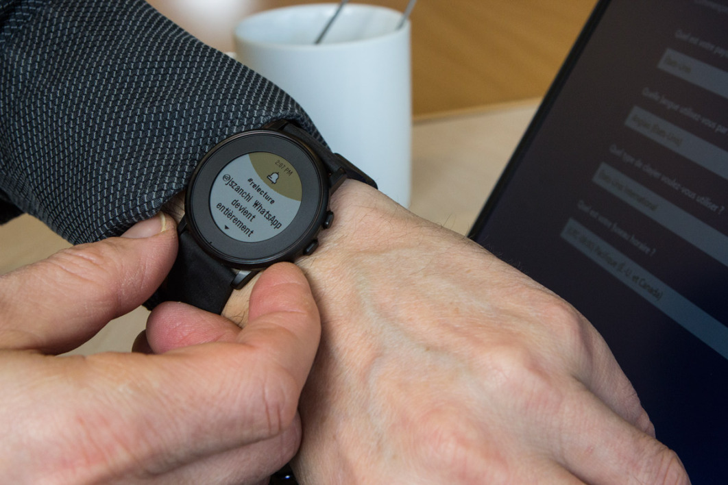 Lire le test de la Pebble Time Round