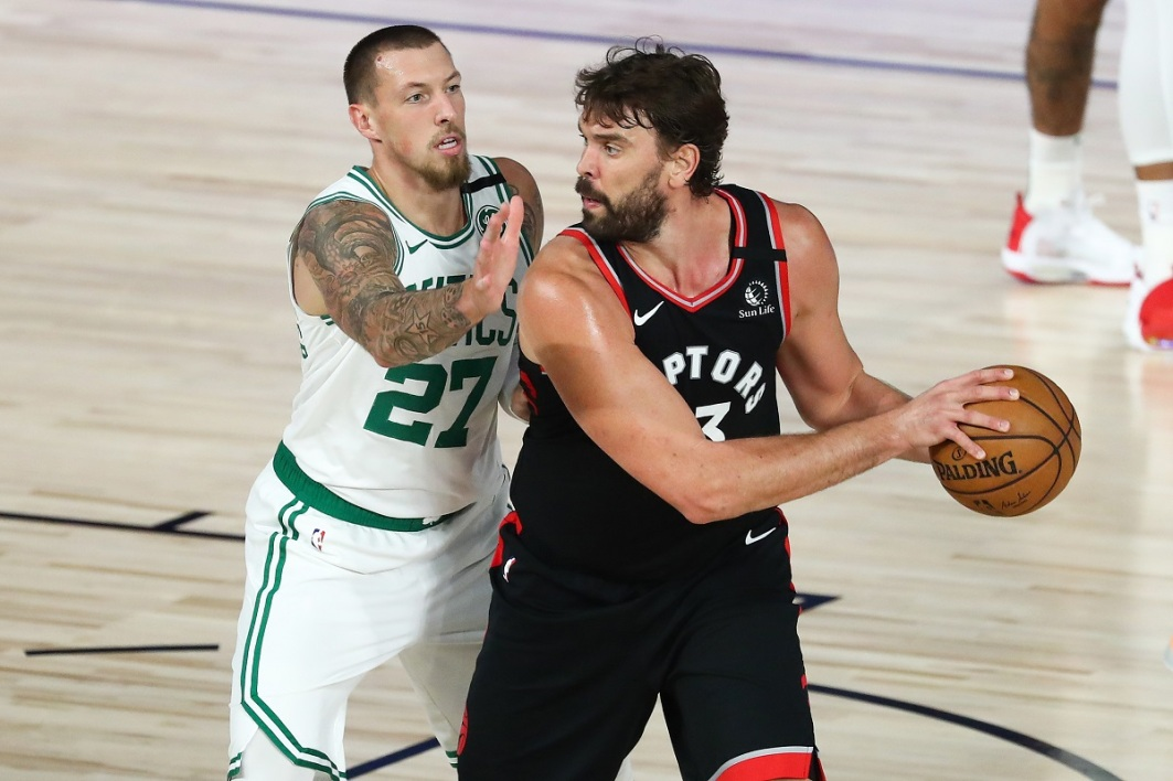 Marc Gasol (à droite de la photo)
