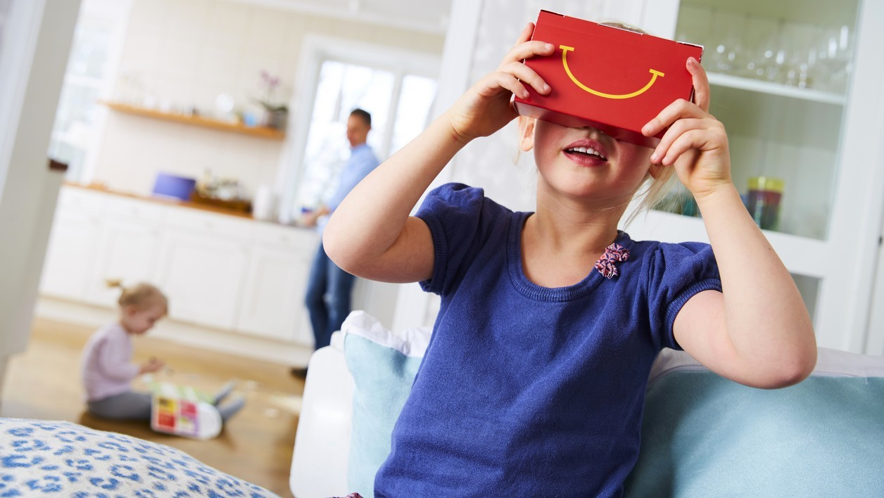 McDonald's transforme ses Happy Meal en casques de réalité virtuelle