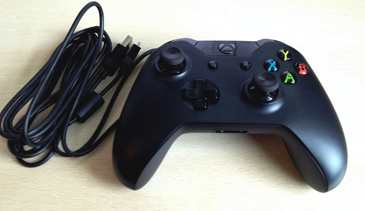 microsoft xbox one controller cable for windows le test complet. Black Bedroom Furniture Sets. Home Design Ideas