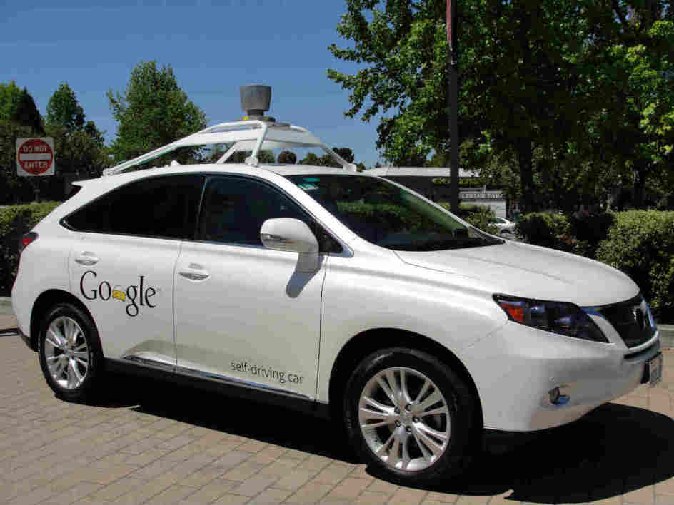 Une voiture sans conducteur de Google a Mountain View, en mai 2014.