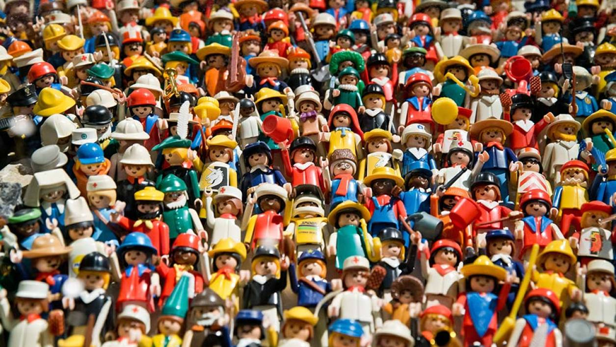 Watch also Playmobil Connaissez Vous Bien L Histoire Des Petites Figurines 893306 also Shinee Wallpapers 1 additionally Watch as well New Lamborghini Urus SUV 2018 Prices Specs Release Date Pictures Video. on rambo
