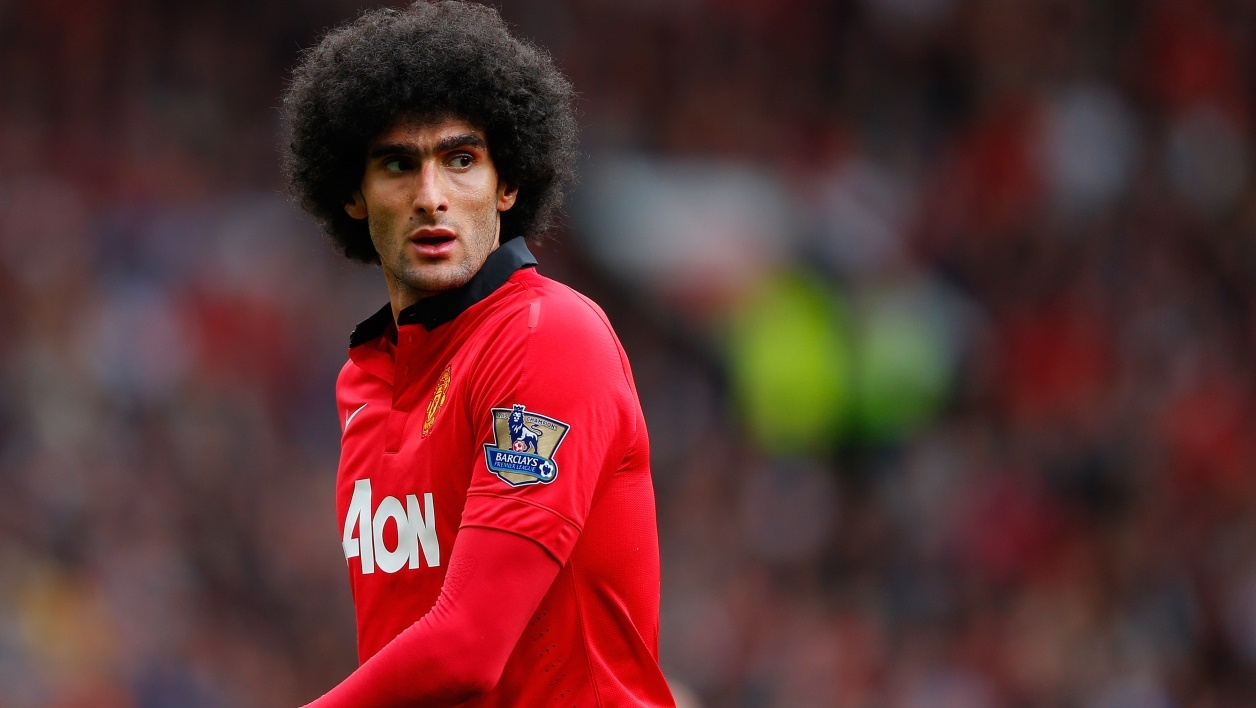 Premier League : le geste de grande classe de Fellaini envers une supportrice