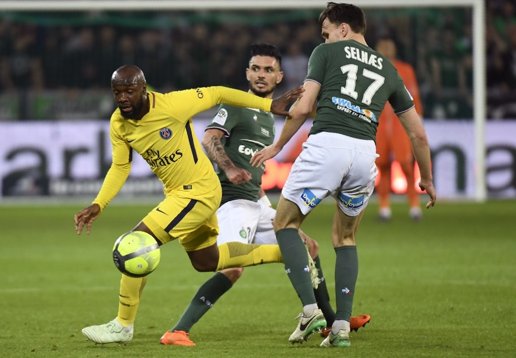 Foot/L1 : le leader Paris Saint-Germain arrache le nul à Saint-Étienne