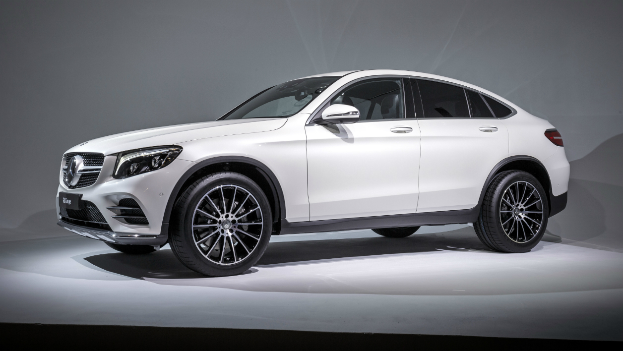 new york 2016 le nouveau mercedes glc coup. Black Bedroom Furniture Sets. Home Design Ideas