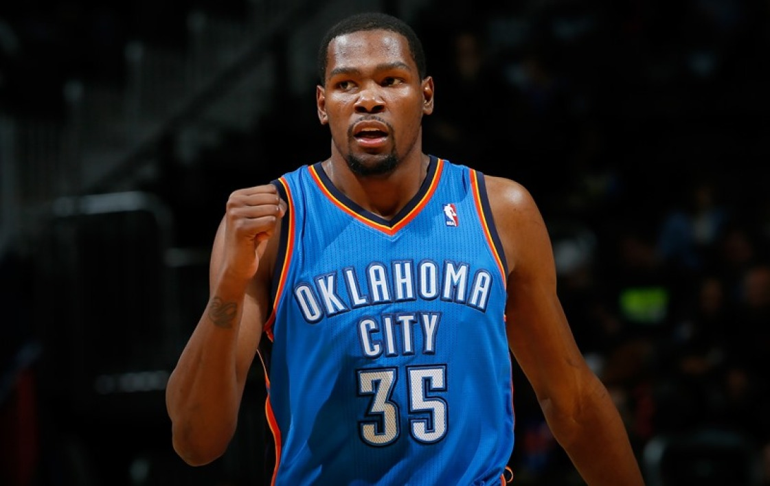 Kevin Durant rejoint les Golden State Warriors