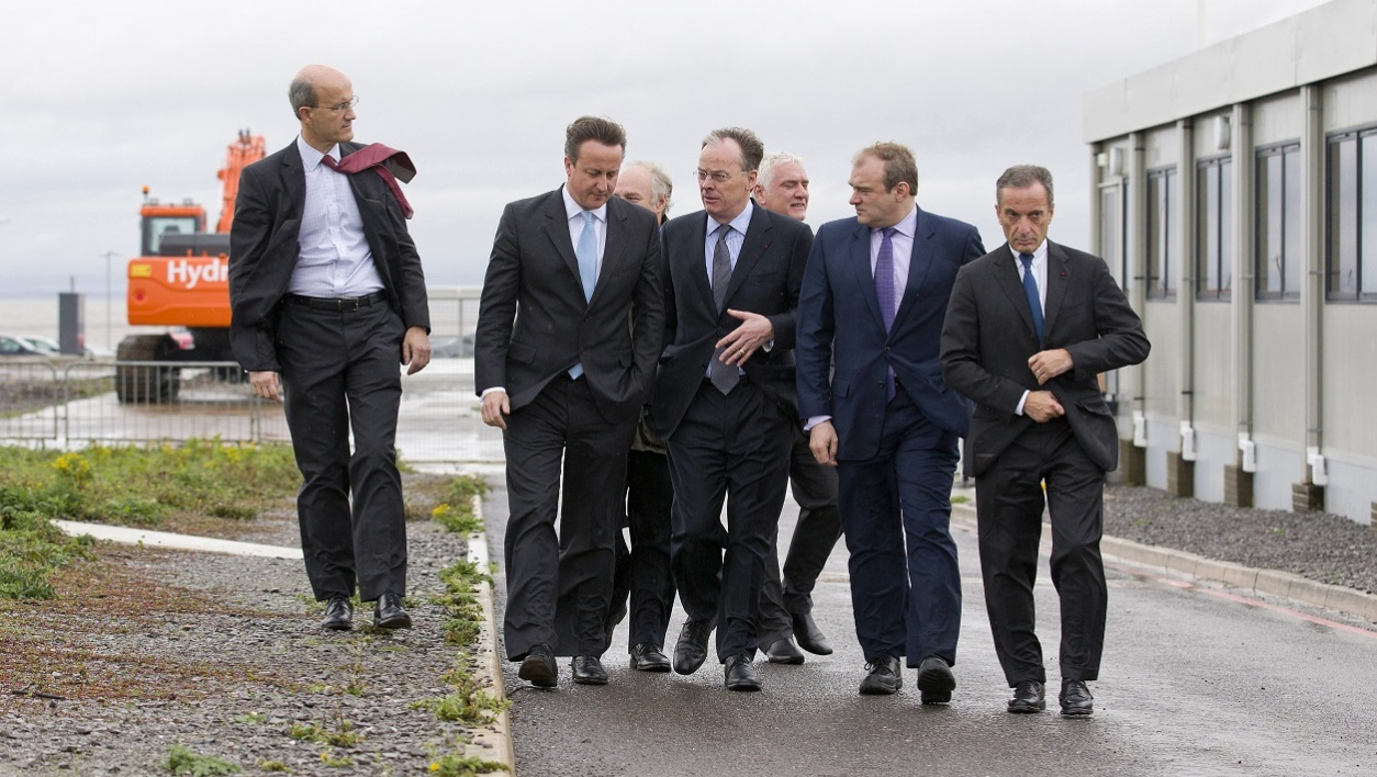 David Cameron en visite sur le site d'Hinkley Point, en octobre 2013.
